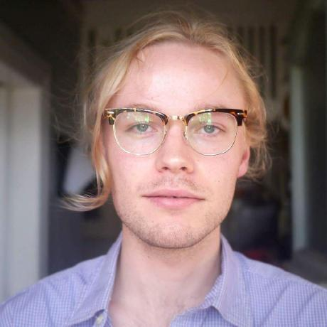 Lucas  Hakewill