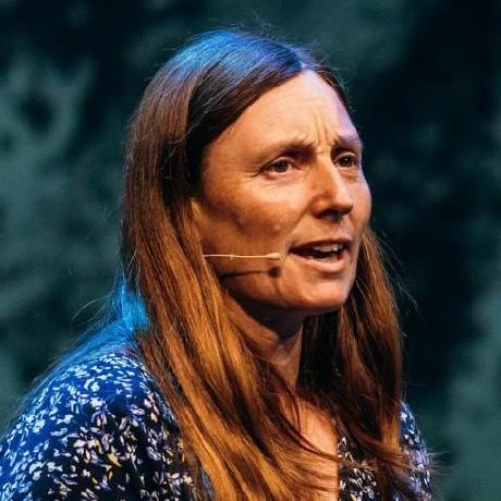Debbie O'Brien's avatar
