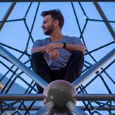 Joshua Hewlett's avatar