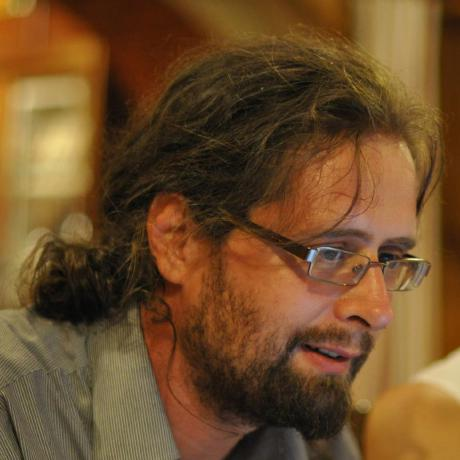 Uploaded avatar of szabop