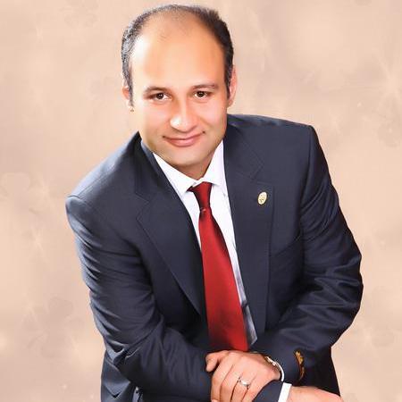 Mike M Khoshrou